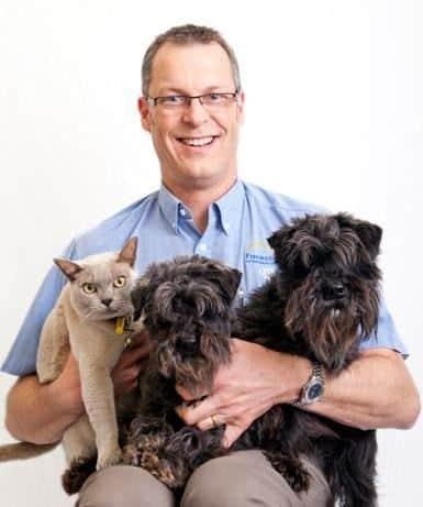 Dr David Margary